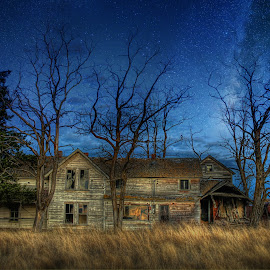 Abandoned Night by Eric Demattos - Buildings & Architecture Decaying & Abandoned ( stars, eric demattos, forgotten, night sky, abandoned house )