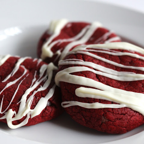 Red Velvet Cookies stuffed with Sweet Cream Cheese Filling (Adapted from Two Peas & their Pod)