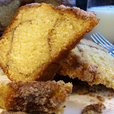 Aunt Jo's Sour Cream Coffee Cake