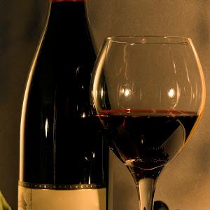 wine_bottle_grapes_noname_14.jpg