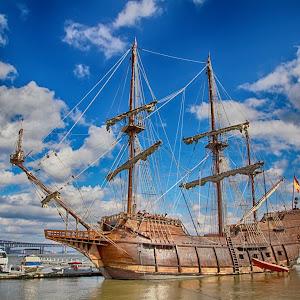 85 pirate boat.jpg