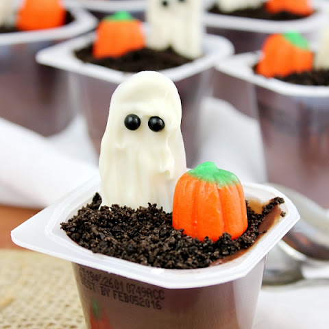 Ghost in the Graveyard Halloween Pudding Cups Ghosts