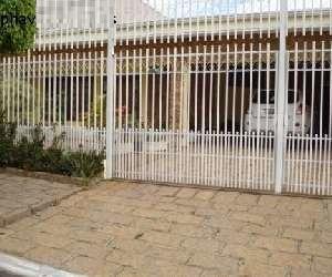 Casa com 3 dormitórios à venda, 240 m² por R$ 750.000,00 - Chácara Areal - Indaiatuba/SP