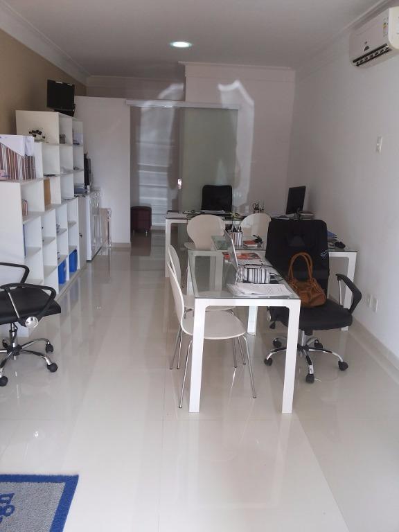 Loja comercial para venda e locação, Villas do Atlântico, Lauro de Freitas.