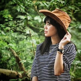 CowGirl by R. Deta Shandytia - Novices Only Portraits & People ( girl, woman, pentax, cowgirl, portrait )