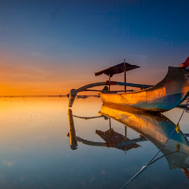 Sunrise..sunrise by Ade Irgha - Transportation Boats ( explore bali, kelan beach, sunrise )