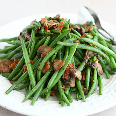 Low Carb Green Beans with Bacon and Mushrooms
