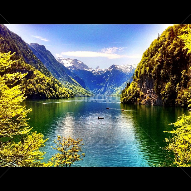 Malerwinkel / Königssee by M@riko : ) - Instagram & Mobile Instagram ( deutschland, instagram, malerwinkel, iphoneography, mountains, königssee, bavaria, lake, germany, bayern, iphone, berchtesgaden )