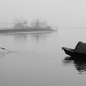 কূলের টানে by Ashikur Rahman - Landscapes Waterscapes ( reflection, prime lens, winter, fog, black & white, b & w, 50 mm, boat, landscape, canon 7d )