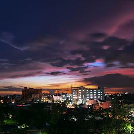 a very good evening by (͡° ͜ʖ ͡ °) - City,  Street & Park  Skylines ( bangladesh, sky, nature, d5300, horizon, long exposure, cityscape, 18-55mm, nikon, evening )
