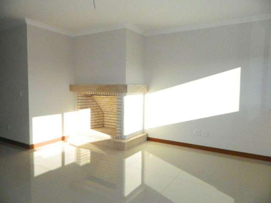 Apartamento de 3 dormitórios em Avenida Cental, Gramado - RS