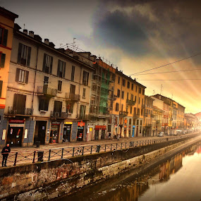 Naviglio Pavese - Milano by Stefano Rho - Instagram & Mobile iPhone ( milan, naviglio, architecture, landscape, italy, canal, milano, river,  )