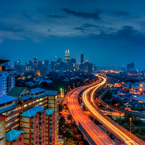 Kuala Lumpur Night Scene by Zack Zaidi - City,  Street & Park  Neighborhoods ( highway, street, nightscene, cityscape, kuala lumpur )