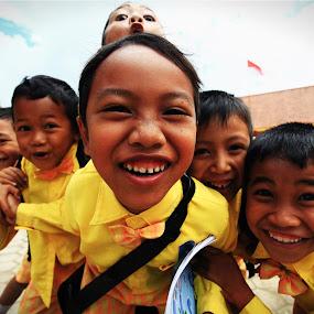 Keep Smile by Syf Talkie - Babies & Children Child Portraits ( student, children )