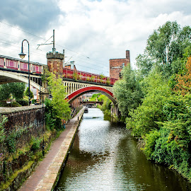 Britan's Canal System by T Sco - Transportation Boats ( united kingdom, canal, boats, history, travel, water, boat, manchester, transportation )