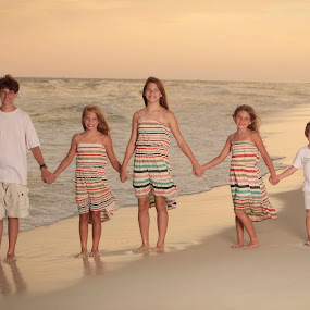 by Lee Wimberly - People Family