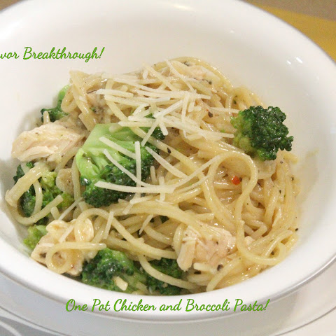 One Pot Chicken and Broccoli Pasta!