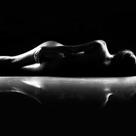 BnW by Robert dela Torre - Nudes & Boudoir Artistic Nude