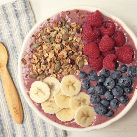 Acai, Berry and Baobab Breakfast Bowl