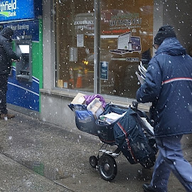 by Harold Stoler - City,  Street & Park  Street Scenes ( urban, snowy, candid, street photography )