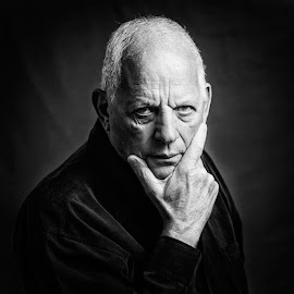 The look by Lior Faust - People Portraits of Men ( look, black and white, man, portrait )