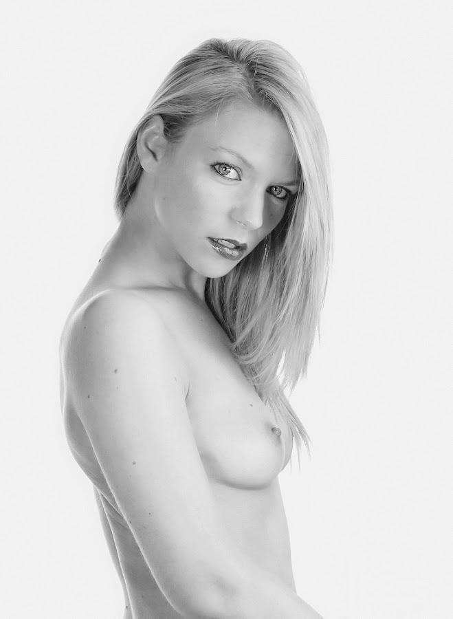 by Steve Isp - Nudes & Boudoir Artistic Nude