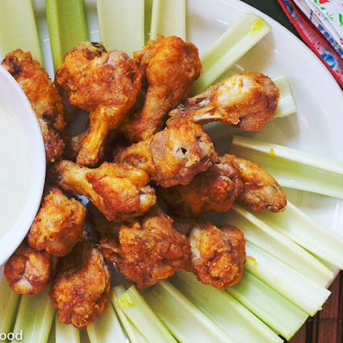 Baked Buffalo Chicken Drumsticks