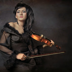 beauty violinist by M Salim Bhayangkara - People Portraits of Women
