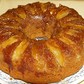 upside down apple cake by Jessie Dautrich - Food & Drink Cooking & Baking ( cinnamon, fall, caramel, cake, upside down, apples,  )