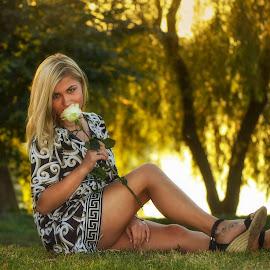 Beautiful girl by Mikaela Dana - People Portraits of Women ( rose, girl, nature, park, woman, beautiful, smile )
