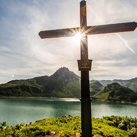 sunstar by Linda Brueckmann - Landscapes Mountains & Hills