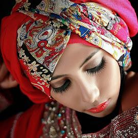 by Reza Moto - People Portraits of Women ( retouching, mood, beauty, hijab )
