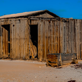 Abandoned Hut by Johan Jooste Snr - Buildings & Architecture Other Exteriors ( dilapidated, housing, wooden hut, namibia, abandoned )