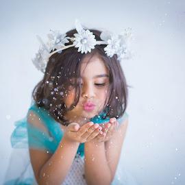 LET IT GO by Junaid Ur Rehman - Babies & Children Children Candids ( let it go, magic, queen, crown, beautiful, blow the magic, frozen )