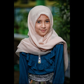 Kanza by Mardi Tri Junaedi - Babies & Children Child Portraits ( #beautifulkids, #youngmodel, #smile, #lovelykids, #hijab,  )