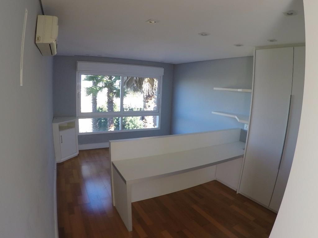 Casa de 4 dormitórios em Loteamento Alphaville Graciosa, Pinhais - PR