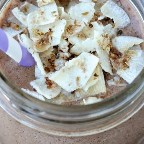 Chocolate Banana Date Smoothie