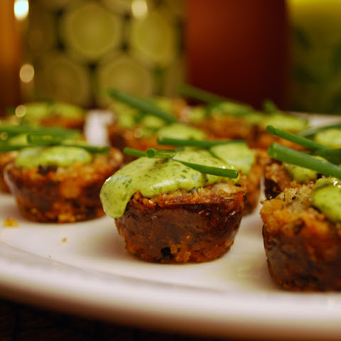 Mini Crab Cakes with Cilantro-Lime Aioli