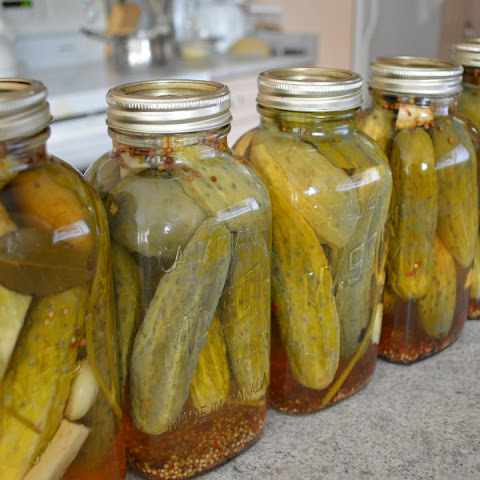 How to Can Mom's Dill Pickles