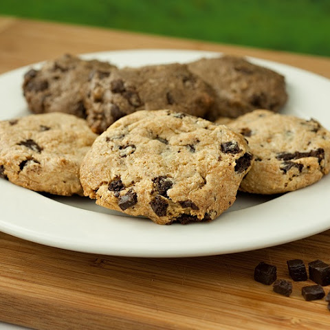 Chocolate Chip Cookies (Low-Carb, Dairy & Gluten-Free)