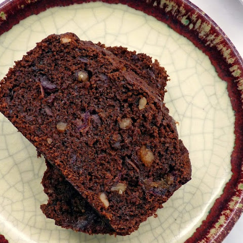 Chocolate Date Nut Cake