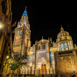 by Roberto Gonzalo - Buildings & Architecture Public & Historical