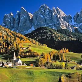 Santa Magdalena by Gérard CHATENET - Landscapes Mountains & Hills