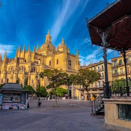 catedral segovia by Roberto Gonzalo Romero - City,  Street & Park  Vistas ( segovia, catedral )