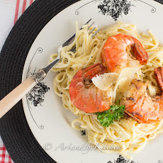 Fettuccine Alfredo with Pan Seared Shrimp