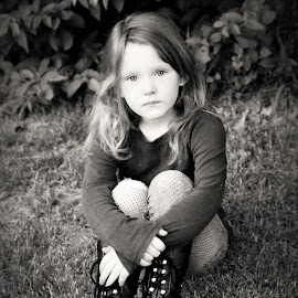 Sitting on the Grass B&W by Cheryl Korotky - Black & White Portraits & People