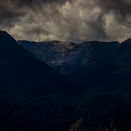 Diamond by Gary Chin - Landscapes Travel ( doubtful sound, diamond, cloud, light, new zealand )