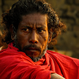 by Chiranjib Nandi Mazumder - People Portraits of Men ( expression, people, portrait, street photography, eye )