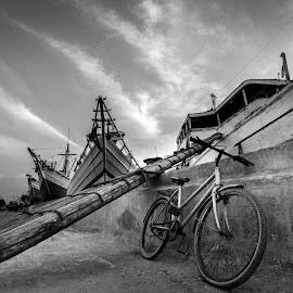 by Hanan Maulana - Transportation Bicycles