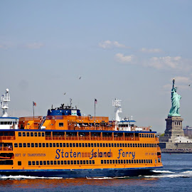 SI Ferry by NY Joyce - Transportation Boats